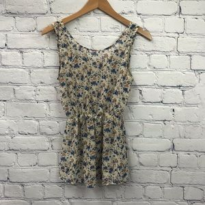 Forever 21 White and Blue Floral Fitted Tank Top